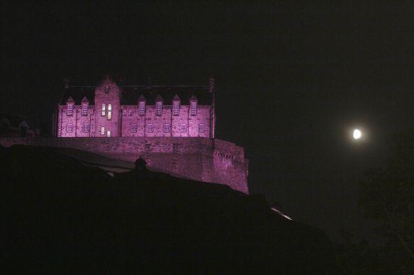 EdinburghCastleWithMoon20140904